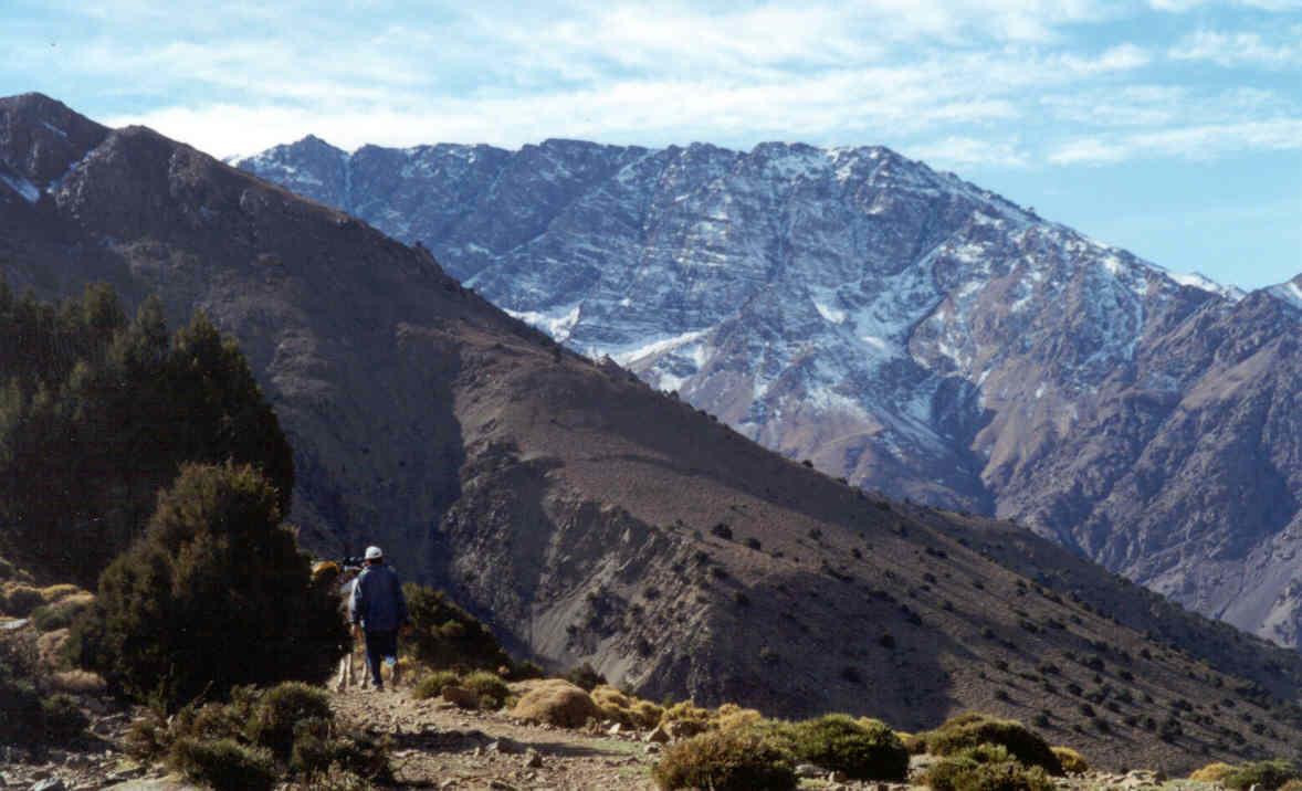 Le plateau de la Tazarart vu du Tizi Mzik