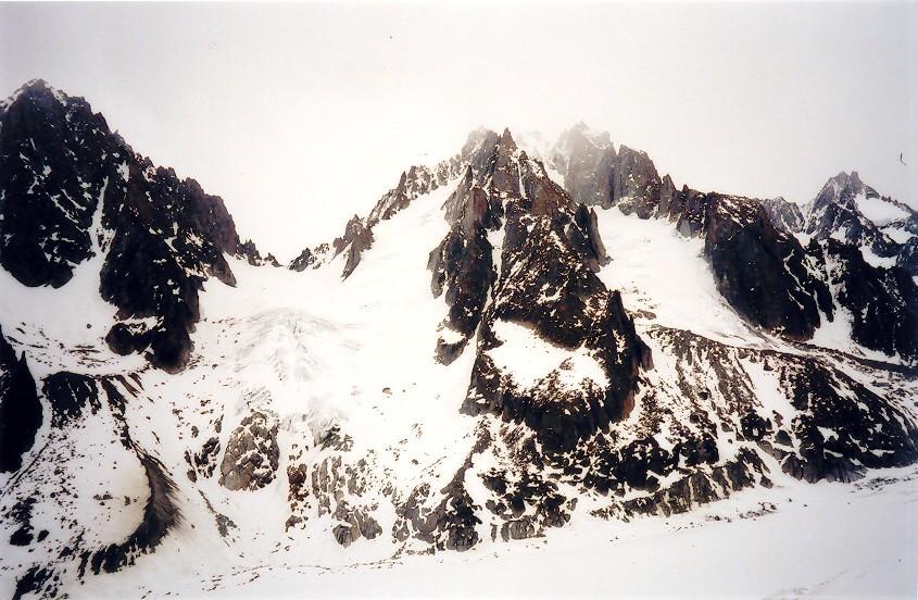 Col du Chardonnet entre les aiguilles du chardonnet et d'Argentière