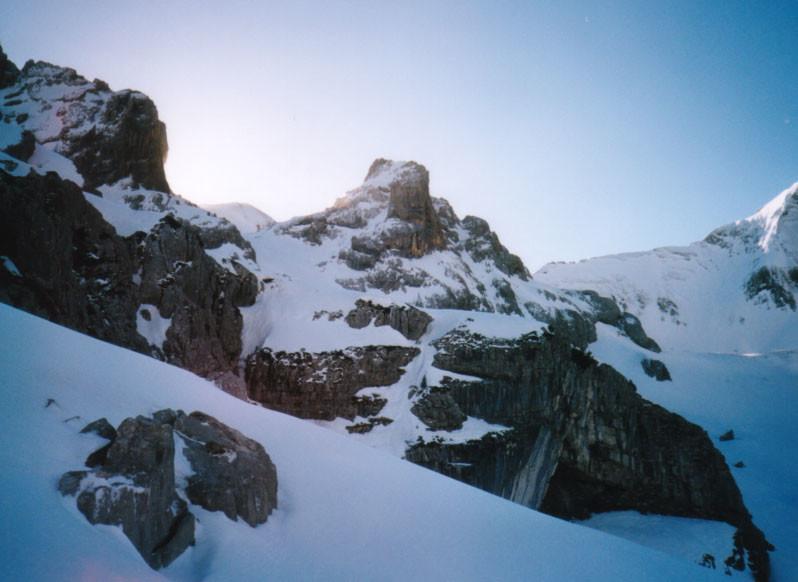 Que de vide sur les bords de la face Ouest du Mont Charvet!
