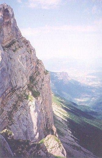 La falaise du Gerbier vue de profil