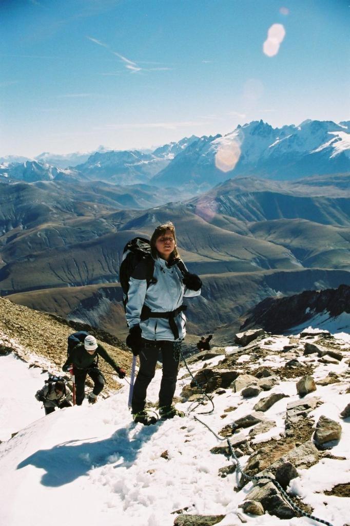 Gwen au sommet du pic de l'Etendard
