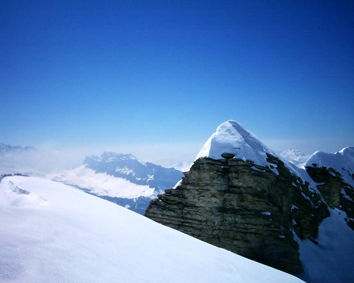 Rochers de FIZ depuis le sommet des Avoudrues