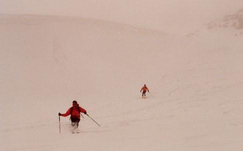 Discesa dal P.Lagrev con neve pesante nella nebbiolina