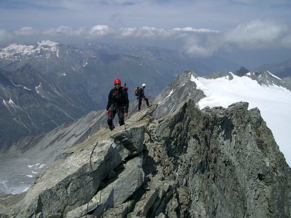 Arête NW (voie normale) du Grand Cornier (3962 m)