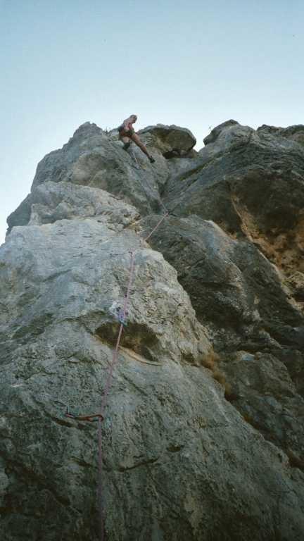 Tripack dans un 6b+ Punta Calcina