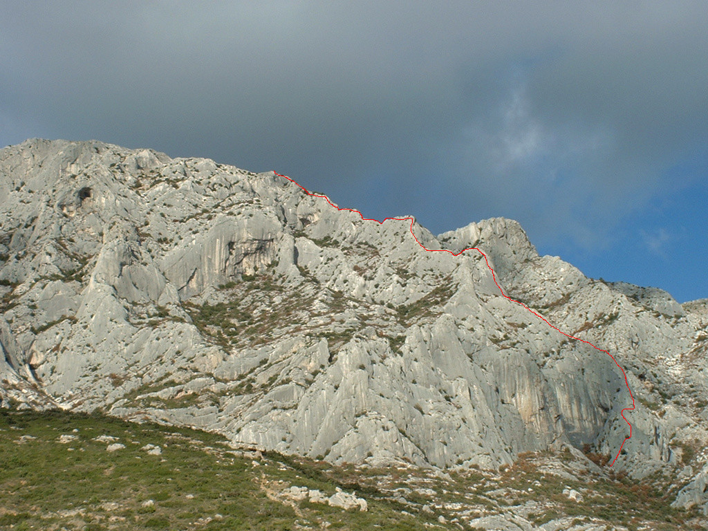 Eperon de l'ermitage - Saint Ser - Ste Victoire - Tracé de la voie - vue de profil