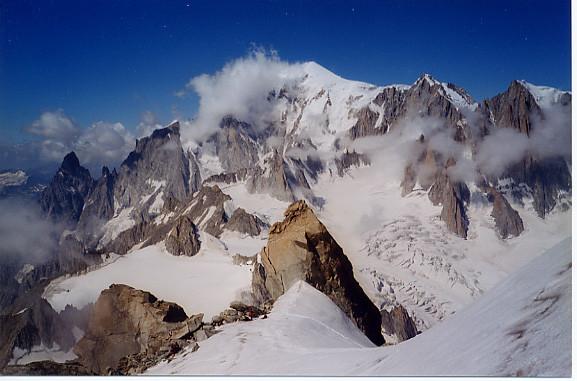 Vue sur le Mont Blanc depuis l'Arête de Rochefort