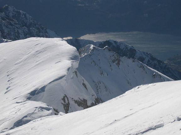 Il lago di Como dal terrazzo del Rif. Brioschi , sulla cima della Grigna sett.