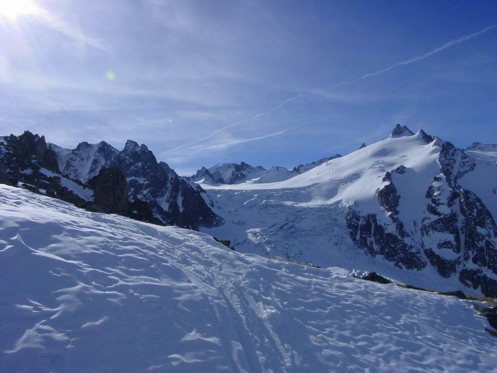 Vue sur l'aiguille du Tour et le glacier du Trient