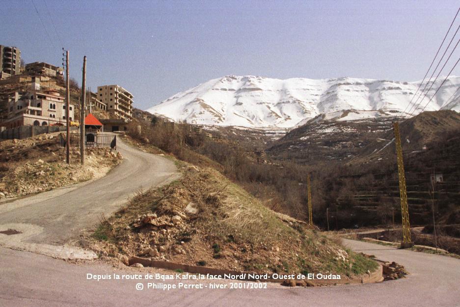 La face N/NO de el Oudaa depuis la route de Bqaa Kafra