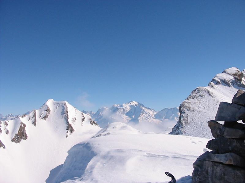 Sommet du Paré de Joux et Mt Blanc en toile de fond