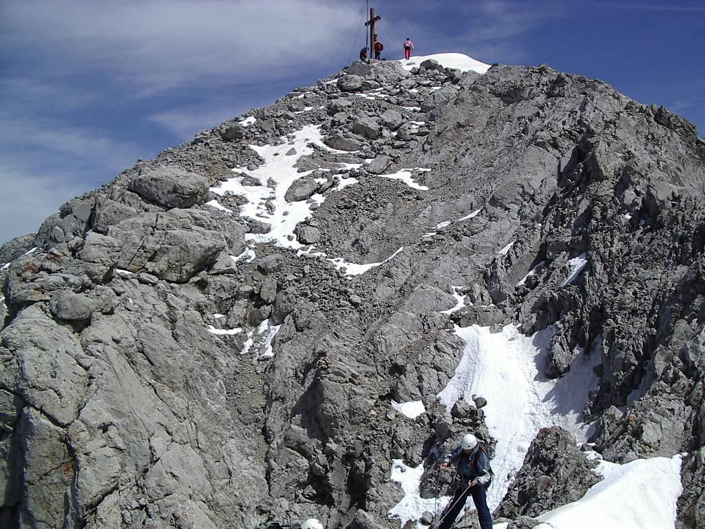 Pointe percée, le sommet tout proche
