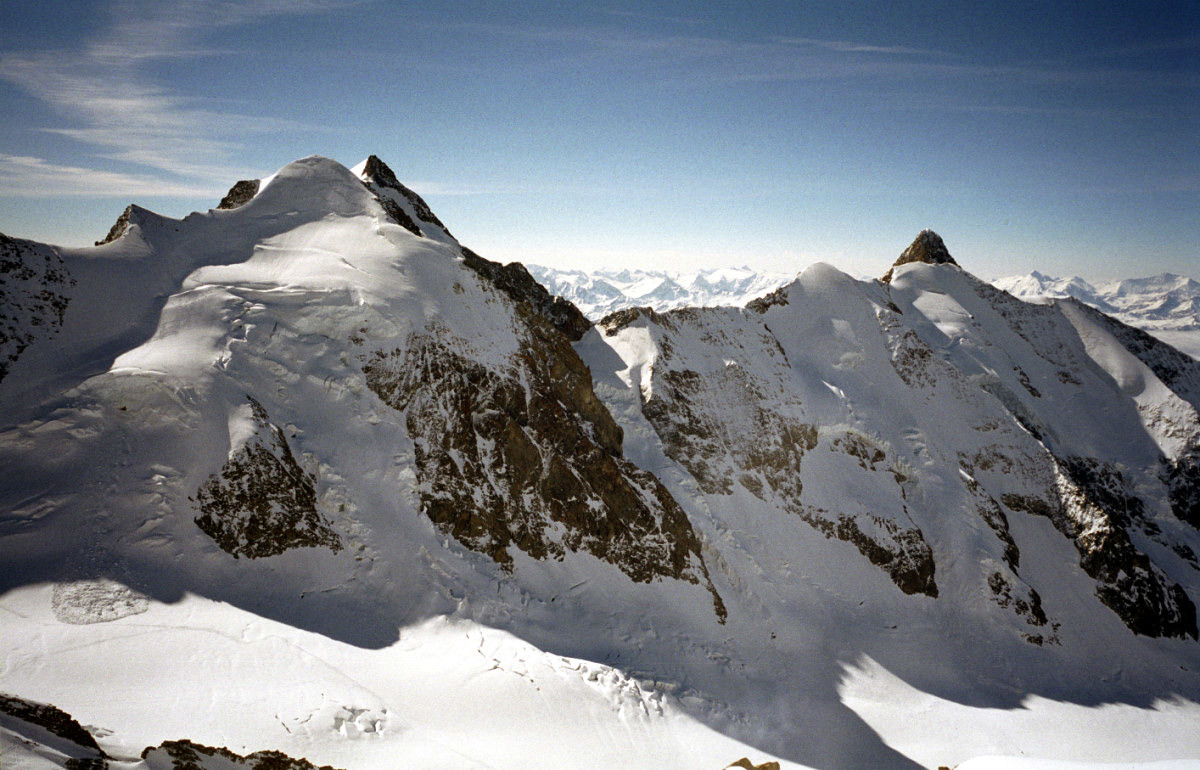 Aiguilles de Tré-la-Tête et des Glaciers depuis les Dômes de Miage