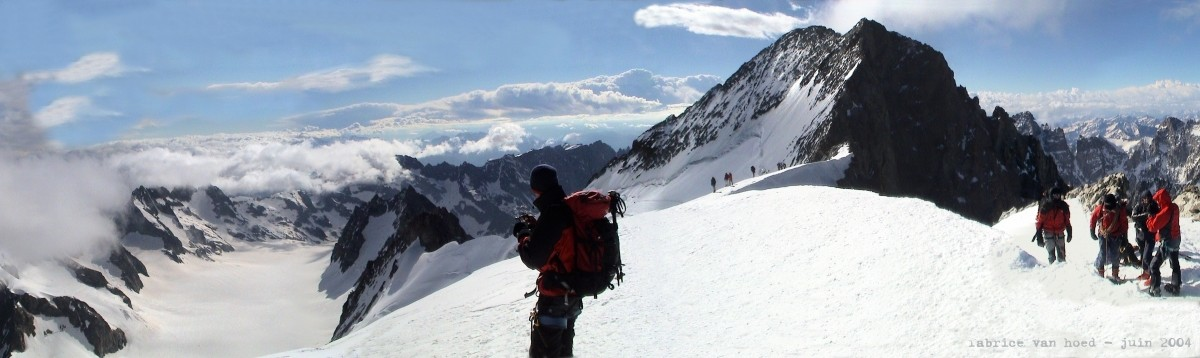 Dôme de Neige des Ecrins (4015m)