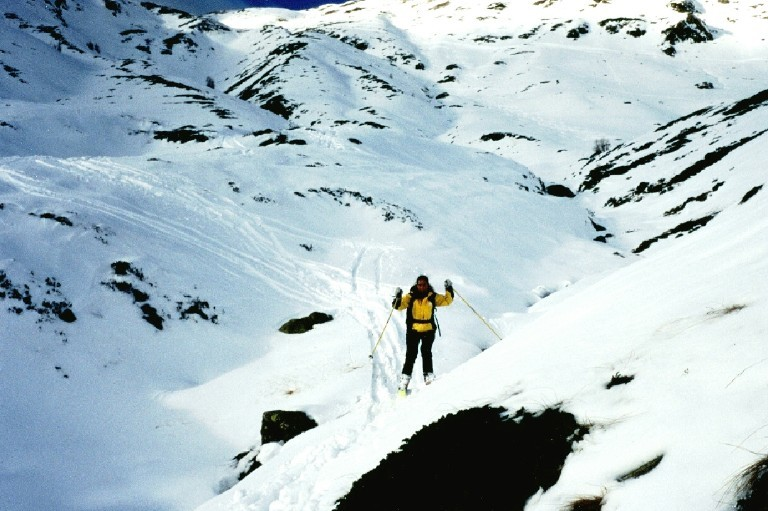 L'ultima neve scendendo dal Tochuhorn