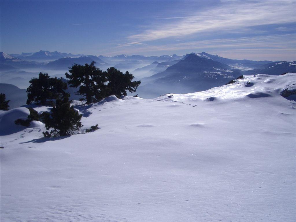 Du sommet du Rocher de Chalves