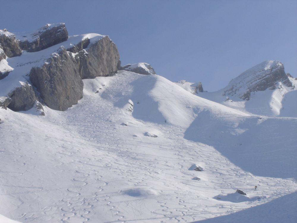 Descente depuis le Trou de la Mouche, versant Grand Crêt