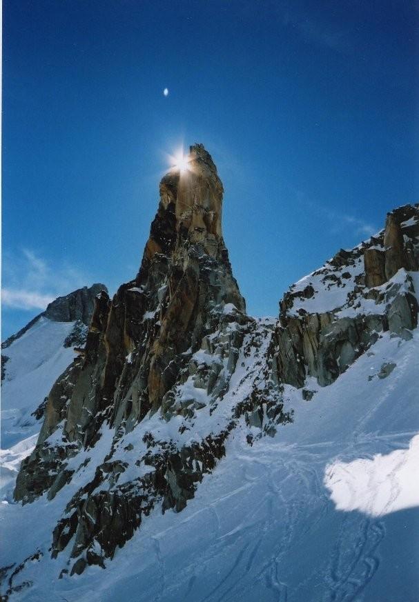 Vue vers les Périades du glacier du mont Mallet
