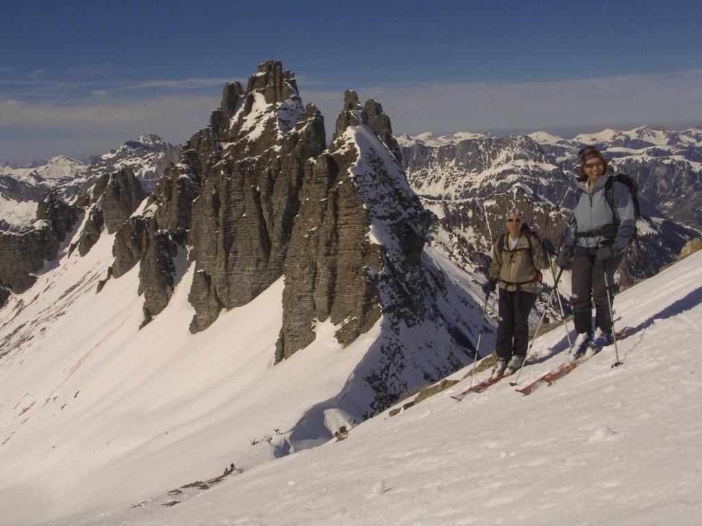 Le Türmlihorn et le col adjacent , la descente du Gsür