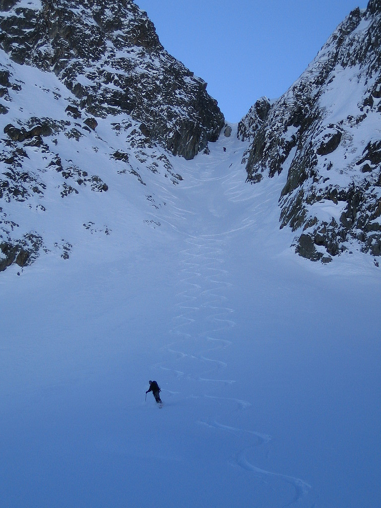 Couloir NE de la pointe 2541m