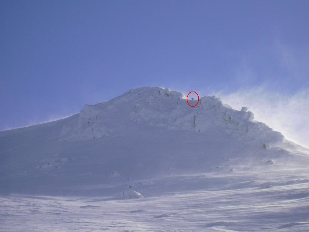 Skieur n°1 grimpant au Cliergue