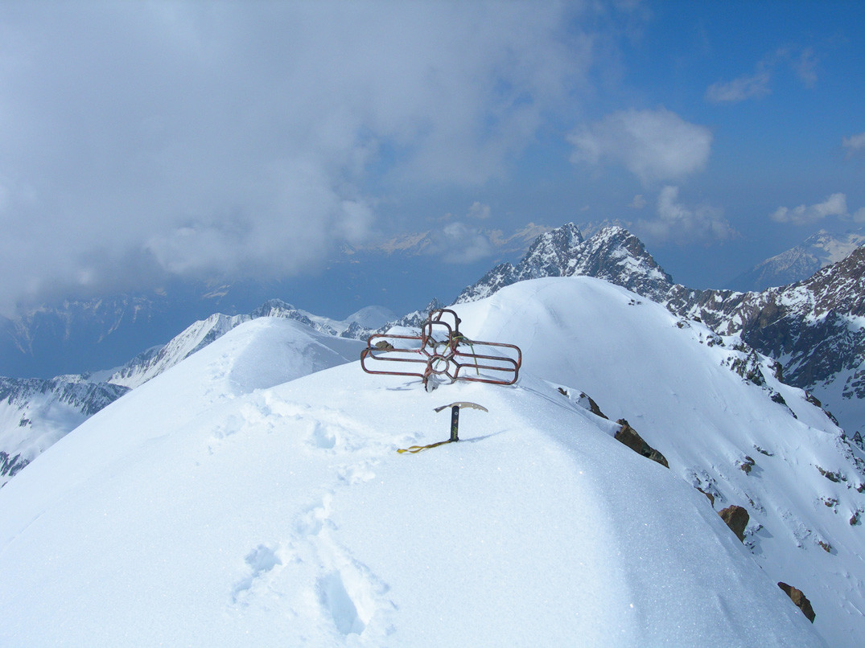 La  bella cresta e la cima del CASSANDRA