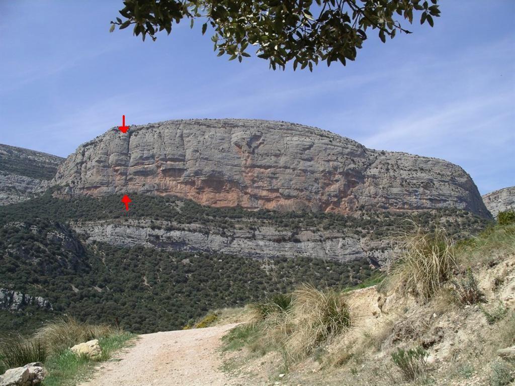 """La Roca del Arcs avec l'emplacement du dièdre de """"Montse Peyo"""""""