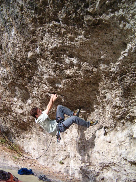 etienne 7a+ Mont Dauphin