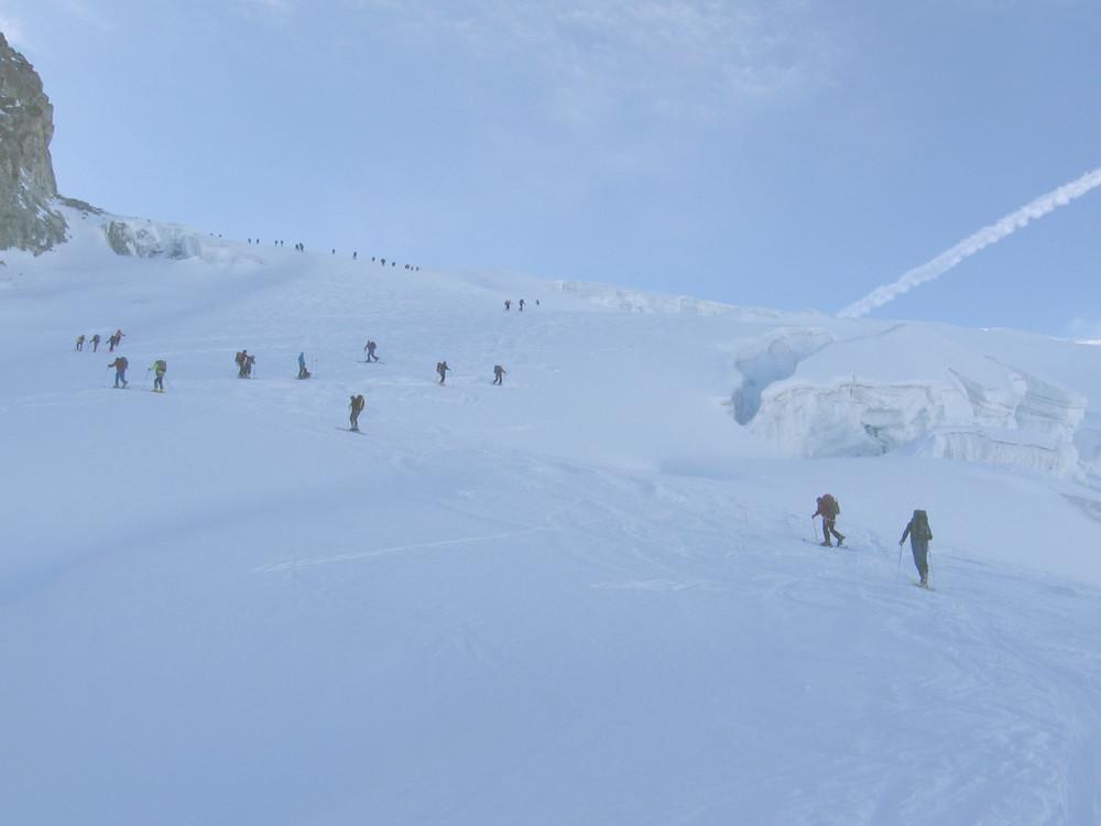 Sul Glacier de Tsena Refien verso il Col de la Serpentine