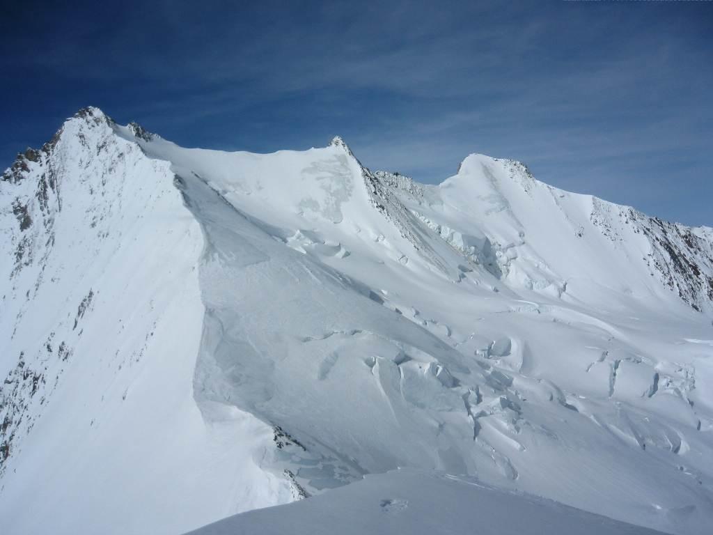 Nadelhorn depuis le sommet de l'Ulrishorn