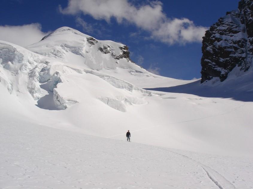 Castor - descente par le Schwarzeggletscher