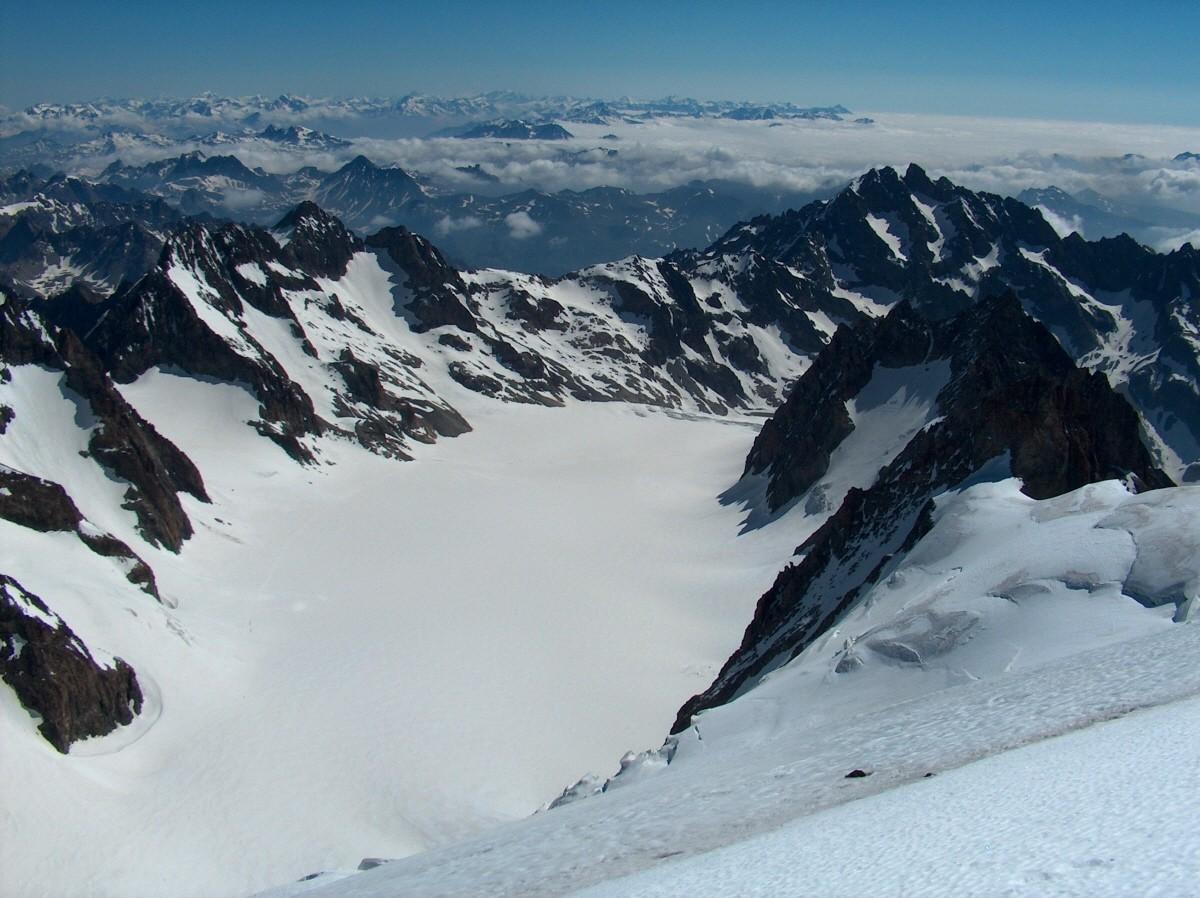 Du Dôme sur le Glacier Blanc.