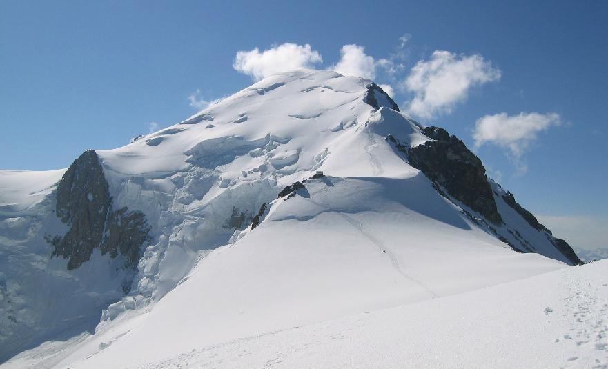 Mt. Blanc (4807m)- vue depuis le Dôme du Goûter (4304m)