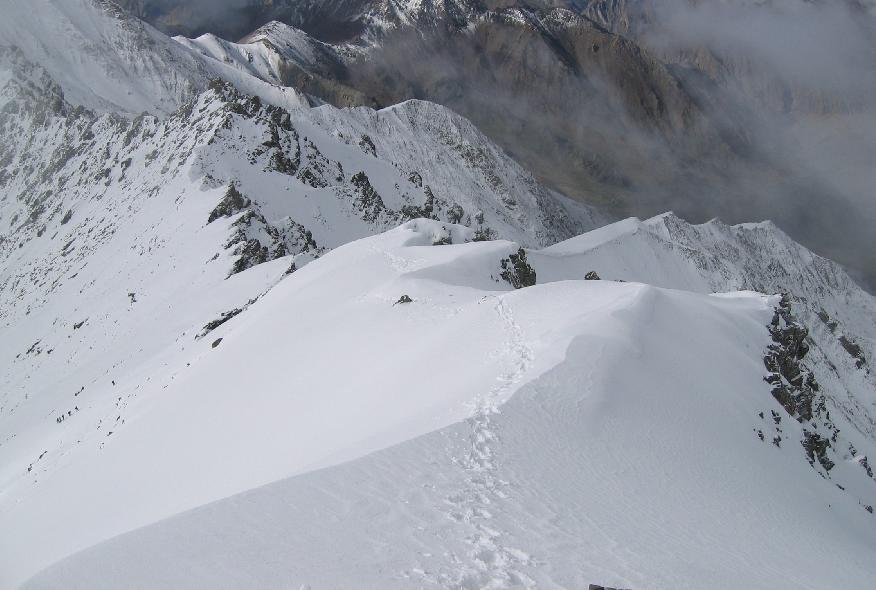 Stock Kangri (6123m) parcours d'arête