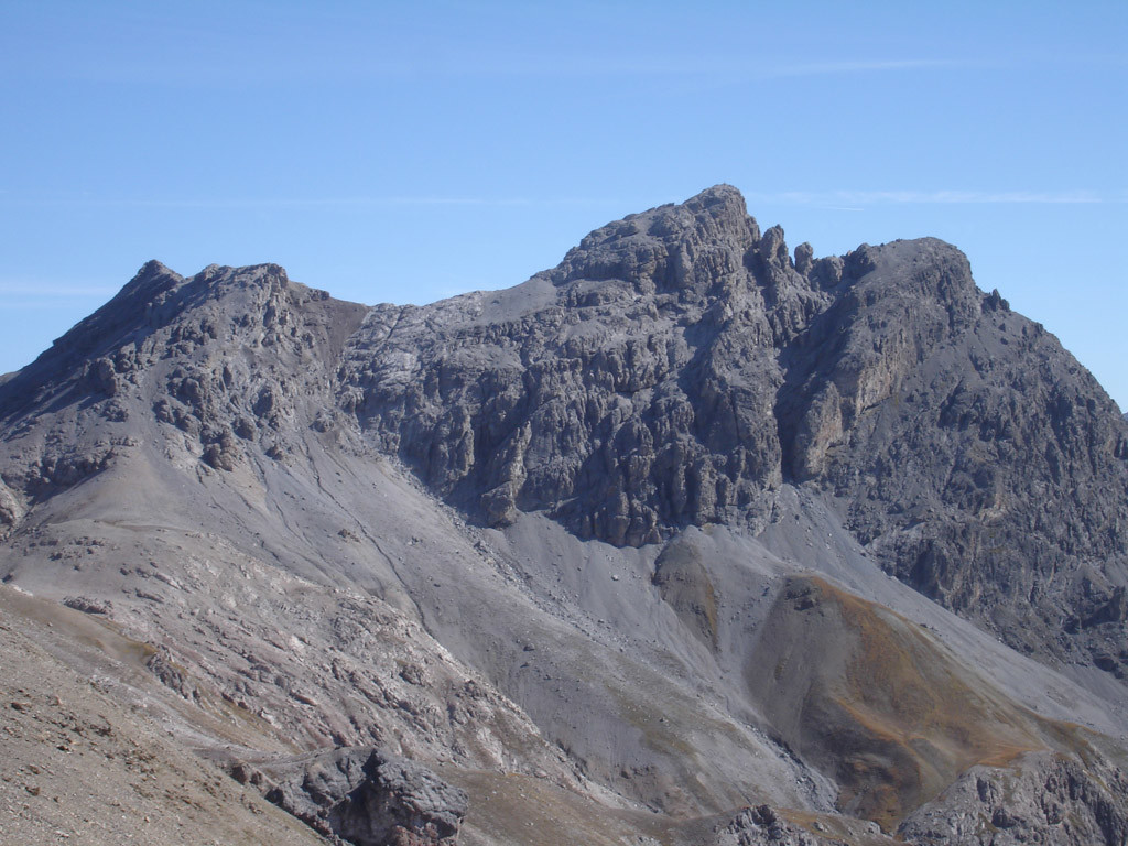 La Corna Cavalli 2991 m, durante la salita al Piz Trupchun 2941 m dal passo omonimo.