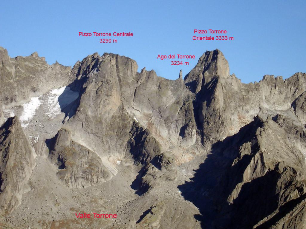 Panorama sui pizzi di Valle Torrone, dalla Cima d'Arcanzo 2714 m.