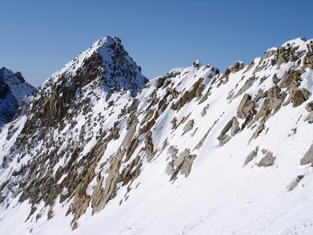 La cresta NE al Gerenhorn 3078 m.