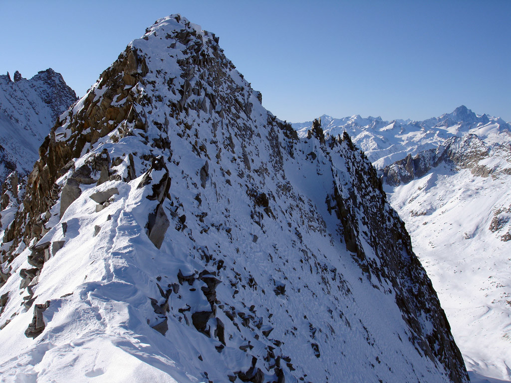 Il Gerenhorn 3078 m da NE.