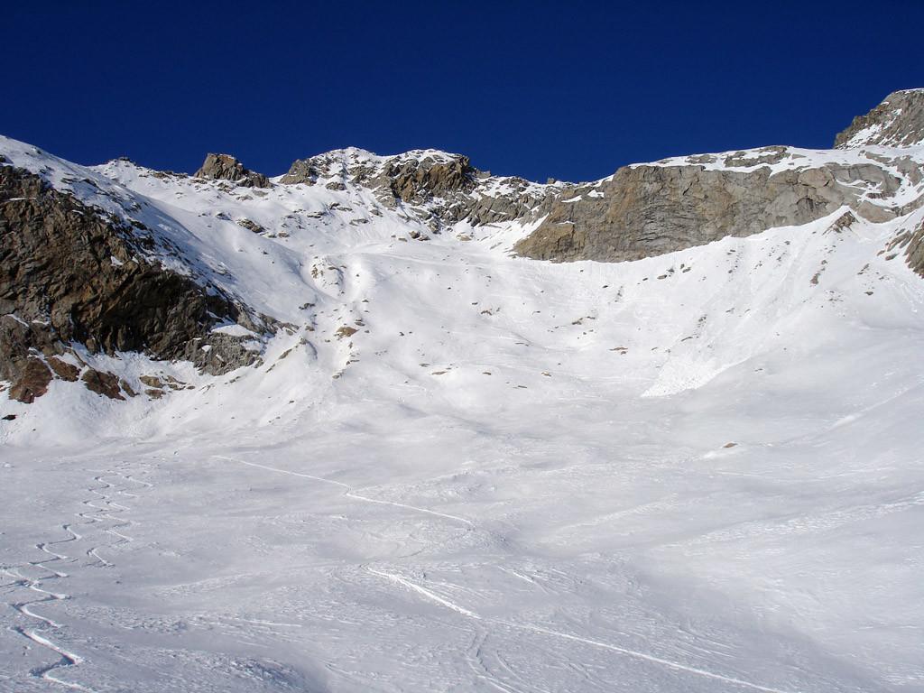 I ripidi pendii Sud del percorso sciistico da Ronco.