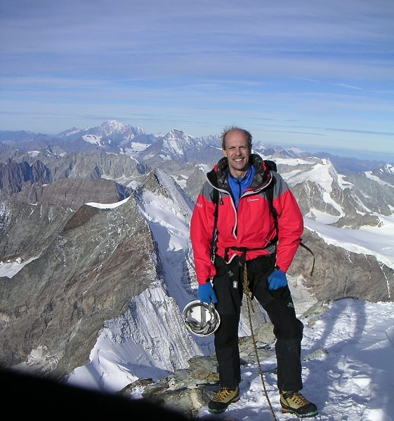 RobbieH on summit of Cervino