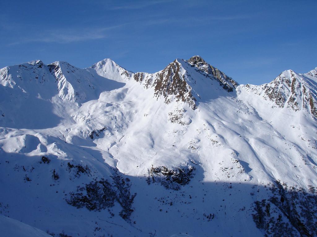 Il versante Est del Monte Toro 2524 m (Val Cervia).