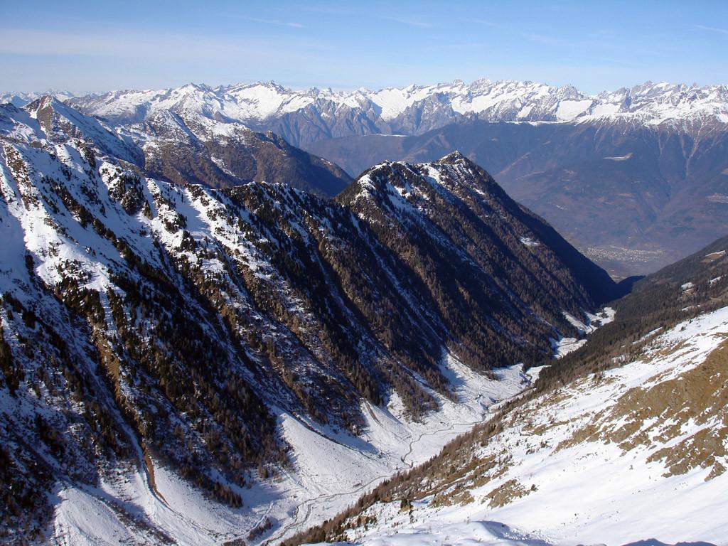 La Val Cervia, vista dalla Cima Tonale 2544 m.