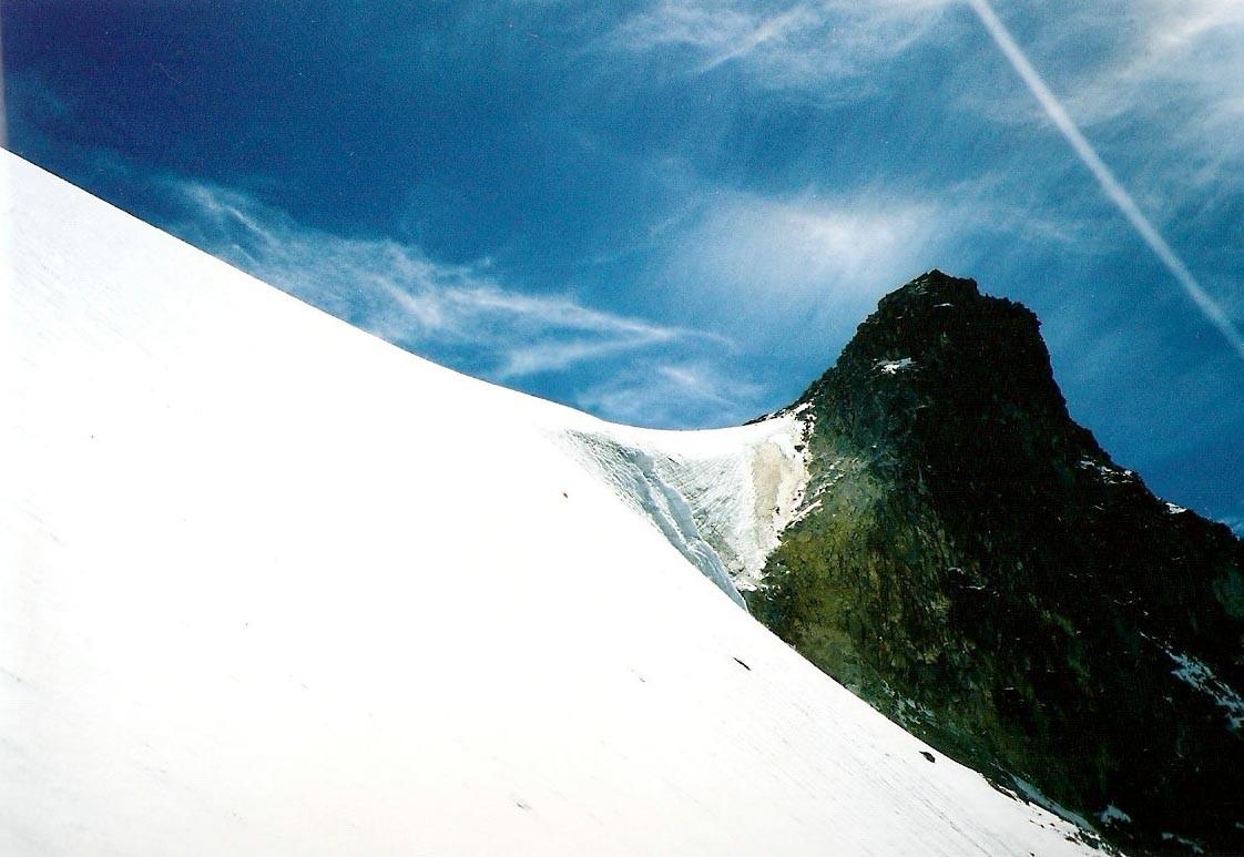 Glaciar del Estómago, versant W