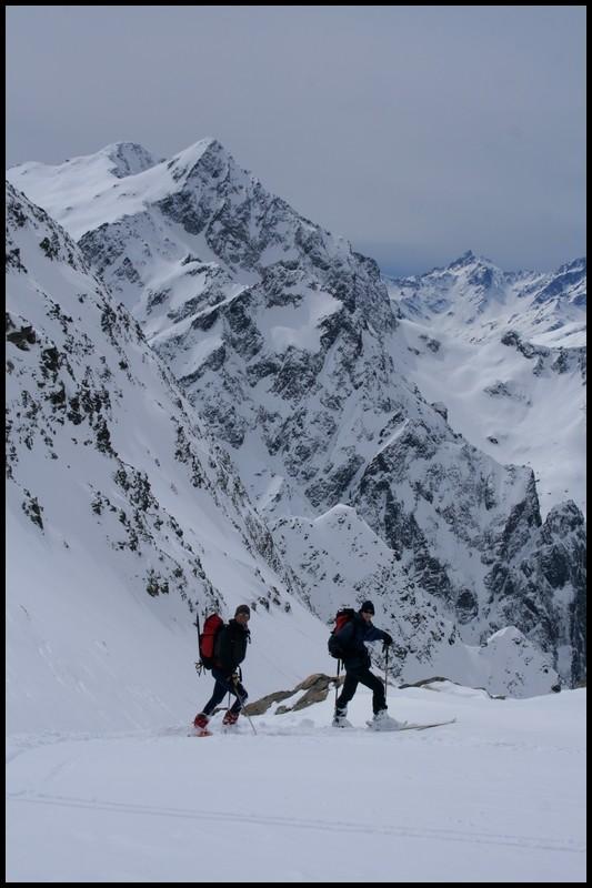 Rocher d'Arguille : dans la descente, face au Rocher Badon et Rocher Blanc