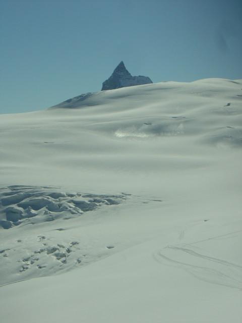 Plateau glacière de Ferpècle en montant à la Dent Sud de Bertol