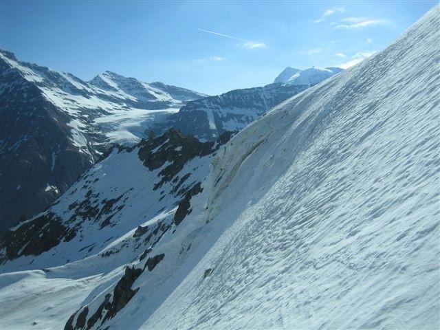 Ruinette dans la partie raide du glacier