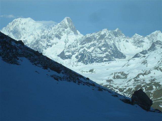 Mont-Blanc et Grandes Jorasses plus près