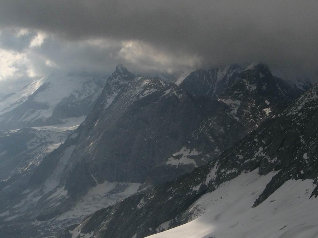 Vue sur l'epena depuis la VN du Grand Bec par mauvais temps
