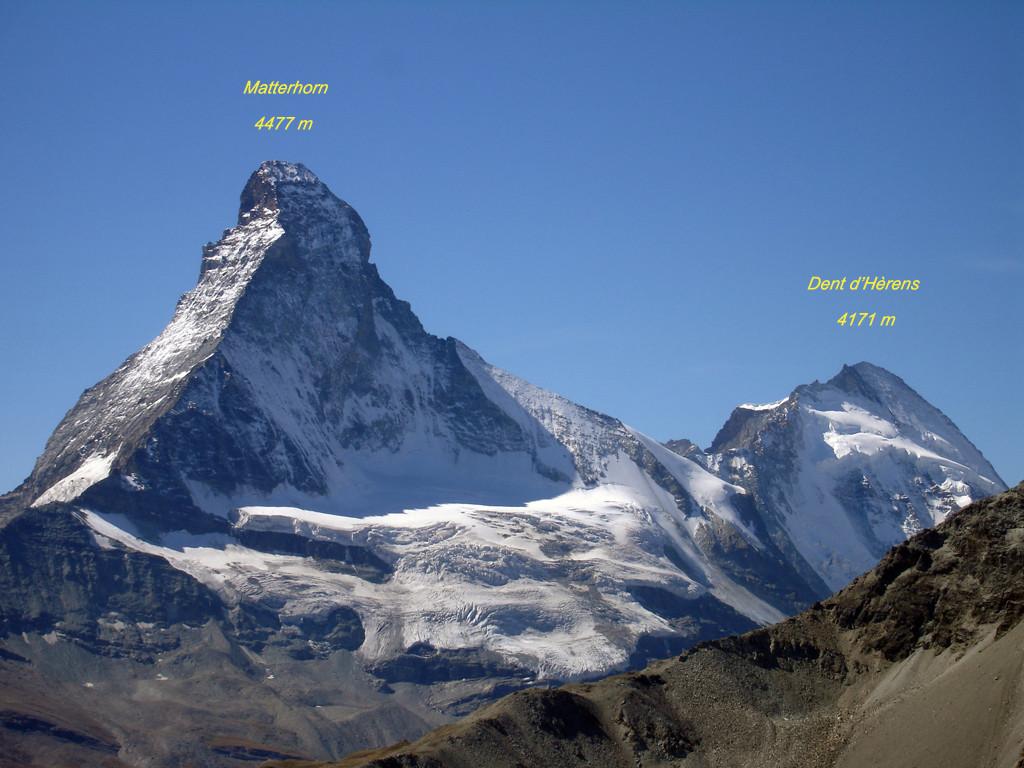 Il Matterhorn 4477 m e Dent d'Hèrens 4171 m versante Nord, visti dal Wisshorn 2936 m.