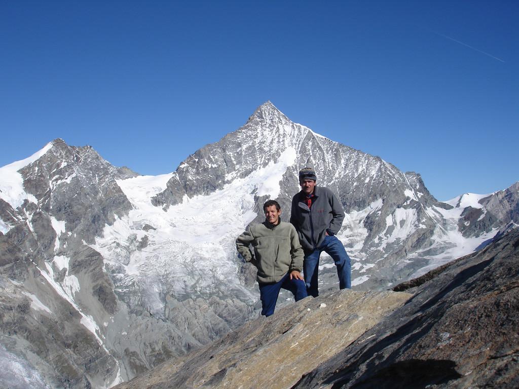 In cima al Mettelhorn 3406 m, con il Weisshorn 4506 m sullo sfondo.